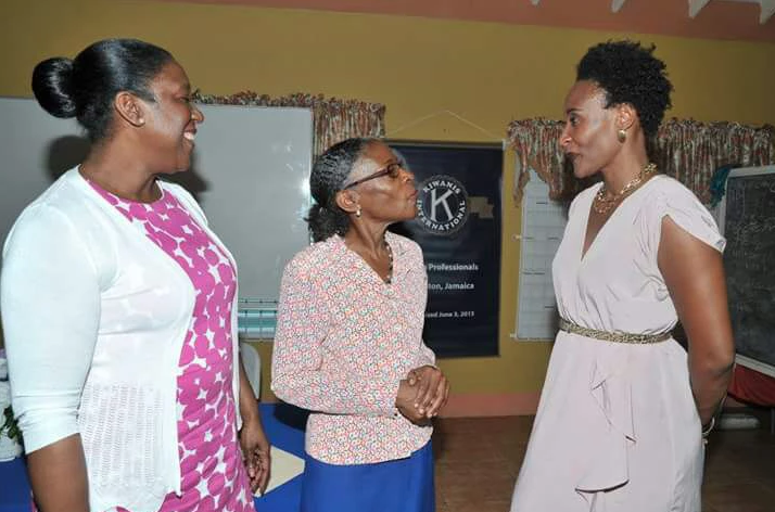 Kiwanis club encourages adolescent mothers to envision future
